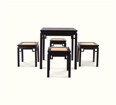 大叶紫檀方桌与凳